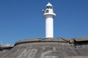 砲台跡に立つ灯台